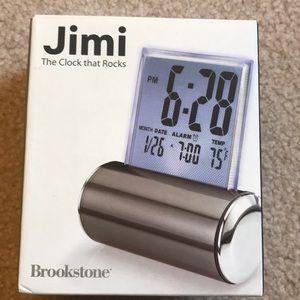 Brookstone Jimi, Clock, New